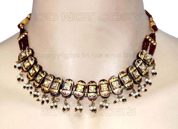Lakh Necklace Set For Celebrities